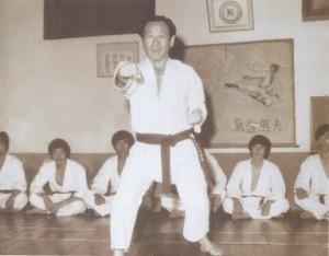 phoca_thumb_l_sgmr punching 1975